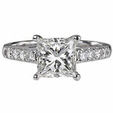 ROUND & SOLITAIRE PRINCESS CUT DIAMONDS ENGAGEMENT RING,18K WHITEGOLD HALLMARKED