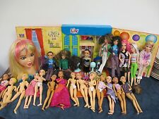 LIV DOLLS SPINMASTER LOT 21 DOLLS STYLING HEAD & HOUSE WIGS CLOTHES