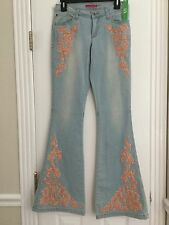 NWT ALICE+OLIVIA Sz2 STACEY FLORAL EMBROIDERY FLARE STRETCH DENIM LIGHT BLUE