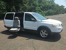 Pontiac: Montana SV6 Mini Passenger Van 4-Door
