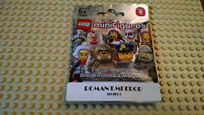 Lego minifigure Series 9 Roman Emperor new in sealed pack