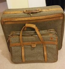 "2 Vtg Hartmann Tweed & Belting Leather 26""-21"" Wardrobe bag Luggage Suit Case"