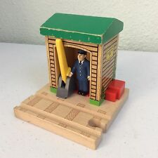 Thomas & Friends Wooden Conductor Shed 5 Train Toy