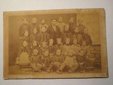 Schule Schulklasse - Mädchen und Jungen mit Lehrer / Foto