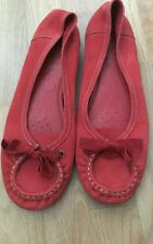 ladies flat shoes from clarks in size 8
