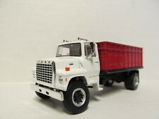 TOP SHELF 1/64 SCALE L9000 FORD GRAIN TRUCK,WHITE, RED BED  (SAME SCALE AS DCP)
