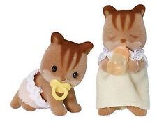 NEW SYLVANIAN FAMILIES 4885 Walnut Squirrel Twins - set of 2 Twin Babies 4cm