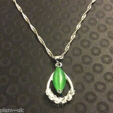P144 Silver (white gold fill) sim diamond green opal pendant & chain PlumUK BOXD