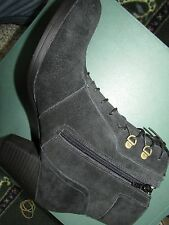 NEW CLARKS FOX HAMILTON BOOTS WOMENS 11 BLACK SUEDE LEATHER BOOTIES