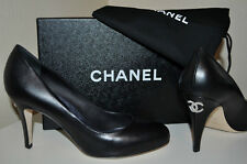 NIB $795+ CHANEL Sz 40 BLACK Leather CC Logo on Back Heels Pumps Shoes CLASSIC