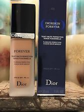Dior Diorskin Forever Flawless Perfection Fusion Wear Makeup (Apricot Beige)