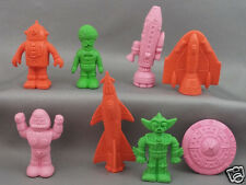 Diener Space Raiders Complete Set of 8 Aliens, Robots & Spaceships Rubber Eraser
