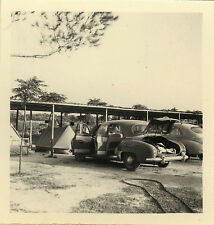 PHOTO ANCIENNE - VINTAGE SNAPSHOT - VOITURE AUTOMOBILE CAMPING TENTE - CAR 1950