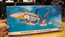 Hasegawa  F/A-18C Hornet VFA-82 Marauders in 1/72 00743 New Sealed