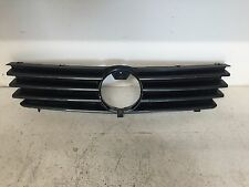 GENUINE VW POLO 98-01 GREEN FRONT GRILL 6N0853651J / 6N0853655