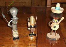 Lot de 3 statuettes / figurines en bois, (des années 60 ?)