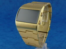ASYMMETRIC Large and Chunky Vintage 70s Style LED LCD DIGITAL Retro watch gold 1