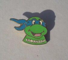 Comic TMNT Teenage Mutant Ninja Turtles LEONARDO 1990 PIN BADGE BROOCH Pins