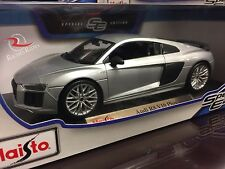 Maisto 1:18 Scale Diecast Model Car - Audi R8 V10 Plus (Silver)
