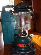 Vintage Coleman CL2 1984  Double Mantle Lantern Green Plastic Case