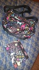 LESPORTSAC CROSSBODY SHOULDER BAG & COIN PURSE ANIMALS INSECTS OWL DOG CAT BIRDS