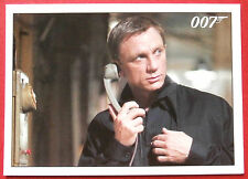 JAMES BOND - Quantum of Solace - Card #067 - Bond Meets With Felix