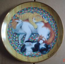 Lovely Franklin Mint Collectors Plate SNUG ON A RUG Cat Kitten