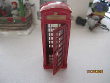 "TRAIN GARDEN HOUSE VILLAGE  "" METAL RED TELEPHONE BOOTH "" + DEPT 56/LEMAX info!"