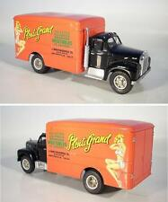 Vitesse 1/43 Mack Van Truck 1954-59 Plenty Grand #2565