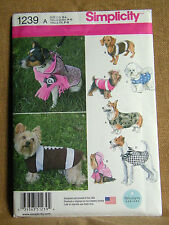 SIMPLICITY CRAFT PATTERN 1239 COSTUMES DOG CLOTHES  SIZES SM  MD  LG  UNCUT