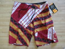 NEW* QUIKSILVER MENS 36 BOARDSHORTS SHORTS SWIMSUIT Cypher Kanaka 21 RED