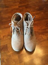 Toms Women's 'Desert' Wedge Suede Bootie in Taupe Size 7, worn once!