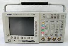 Tektronix TDS3034B Digital Oscilloscope 4 Channels 300MHz 2.5 GS/s