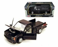 Motor Max 1/24 Scale 1992 Chevrolet Chevy SS454 Pick Up Truck Diecast Model