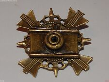 Steampunk badge brooch bronze camera photographer tog Leeds Steampunk Market
