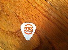 Seven-Eleven/7-Eleven Slurpee Summer Concert Series guitar pick White Promo 7-11