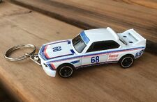 QUALITY DIE CAST MODEL KEYRING. BMW 3.0 CLS RACE CAR in WHITE