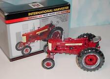 """1/16 Farmall 350 """"High Detail"""" Wide Front Tractor by Spec Cast NIB!"""