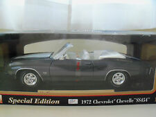 """MAISTO """"SPECIAL EDITION"""" 1972 CHEVROLET CHEVELLE SS 454 CONVERTIBLE 1/18 DIECAST"""