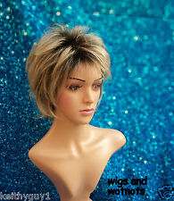 ladies Foshan short straight full hair wig blonde black roots classic cap