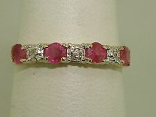BEAUTIFUL 14K GOLD APPROX. 1/4 CTW RUBY & DIAMOND BAND RING! SZ 4 1/2