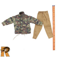 TC - M65 Camo Jacket & Tan Pants Set - 1/6 Scale - Toys City Action Figures