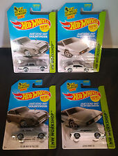 Hot Wheels - (2x) Aston Martin 1963 DB5 and (2x) Lotus Esprit S1 from James Bond