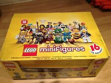 Lego SERIES 10 71001 BOX OF 60 FIGURES . NEW SEALED.