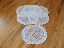 HERITAGE LACE WHITE SET OF 6 POINSETTIA CHRISTMAS PLACEMATS ITEM 4178