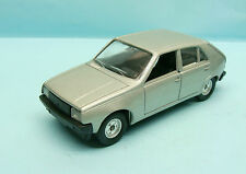 13166 SOLIDO / FRANCE / 1309 RENAULT 14 1/43