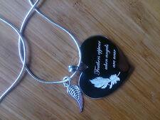 Personnalisé gravé grand collier coeur avec gravé feather & wing charm