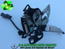 Honda Civic MK8 From 06-11 Bonnet Catch Latch Lock (Breaking For Parts)