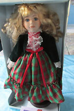 """MUSICAL DOLL PLAYS """"I'M DREAMING OF A WHITE CHRISTMAS"""" 16"""" HIGH/DOLL STAND EUC"""