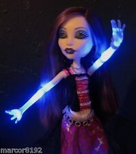 Monster High Ghoul's Llive Spectra Vondergeist W/ Light and Ghostly Sounds New